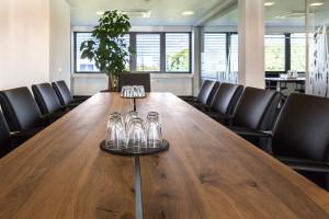 Konferenztisch Massivholz